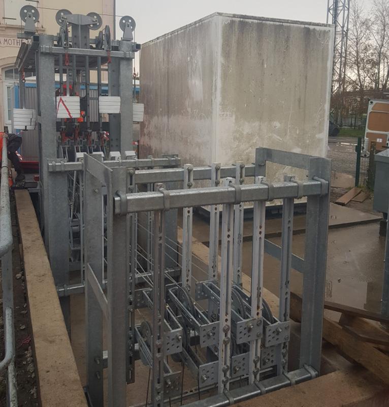 Installation en service de poste de transmission funiculaire